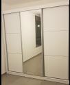 ארון הזזה גל 240 ס״מ עם דלת מראה מתנה
